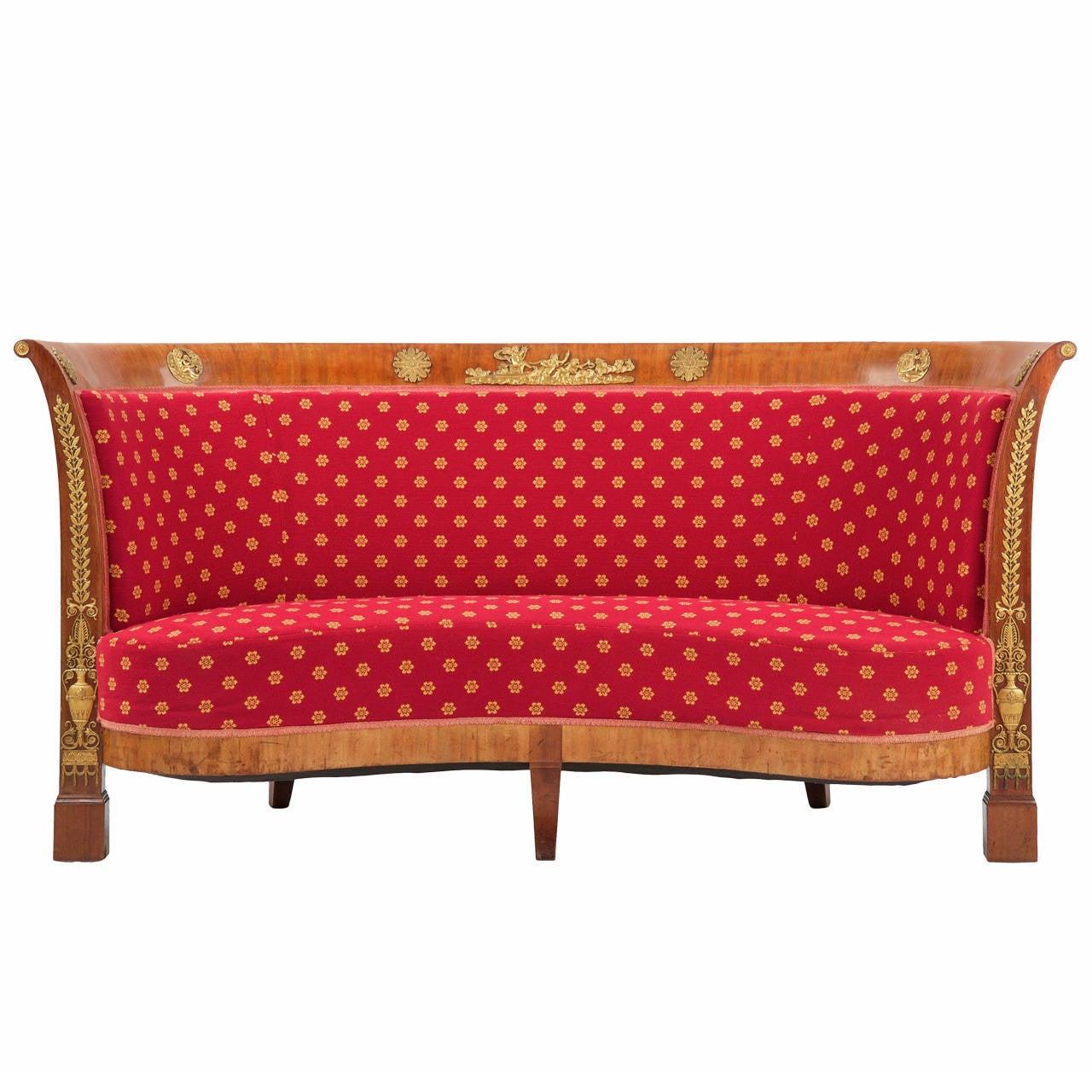 Antique sofa best 20 antique sofa ideas on pinterest couch for Antikes sofa gebraucht