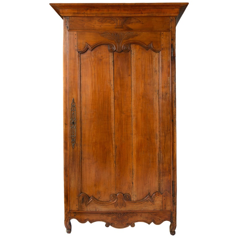 18th Century French Louis XV Bonnetiere, Armoire For Sale