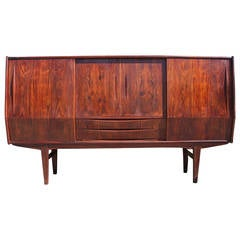 Stately Danish Rosewood Sliding Door Sideboard / Bar