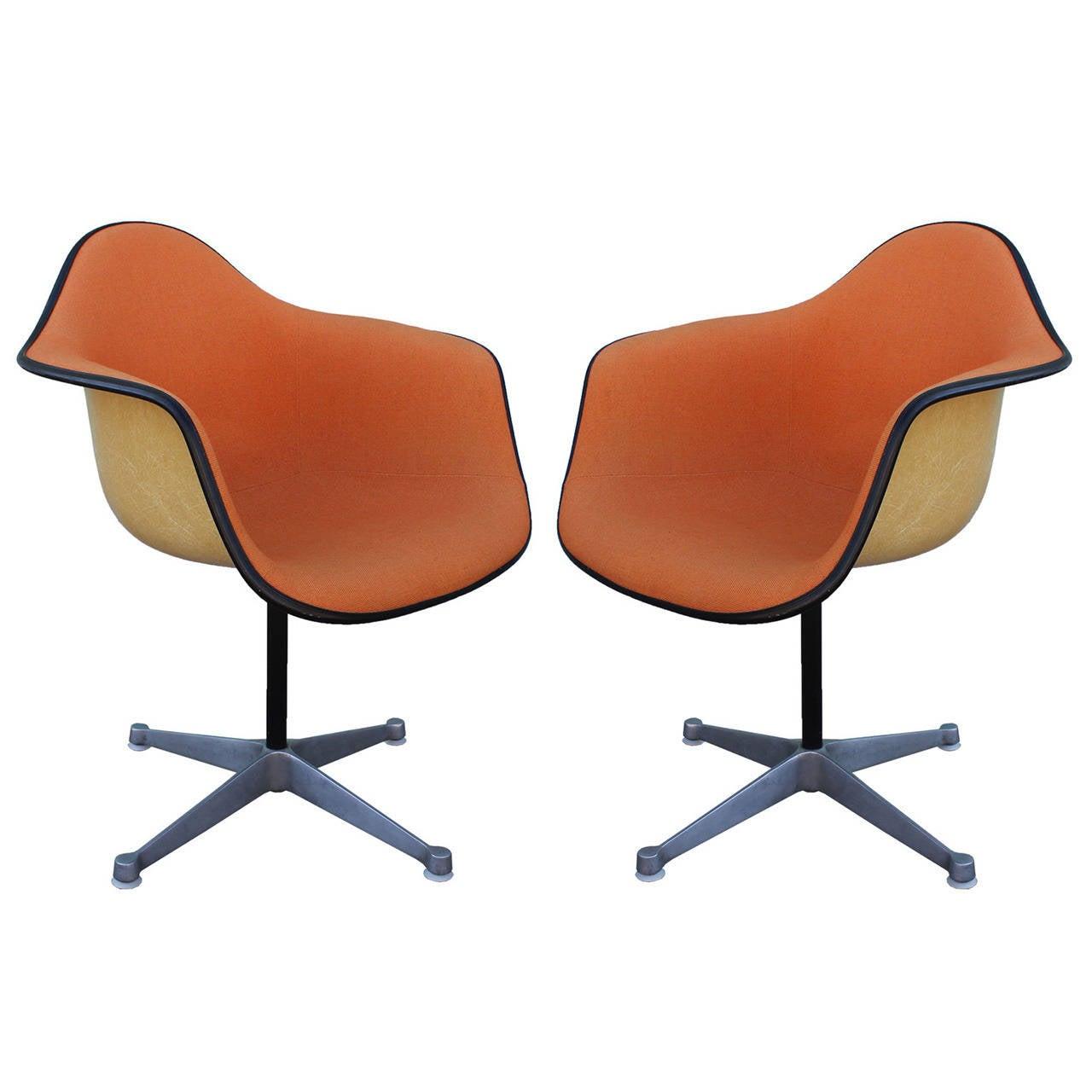 Pair Of Herman Miller Eames Swivel Bucket Chairs At 1stdibs