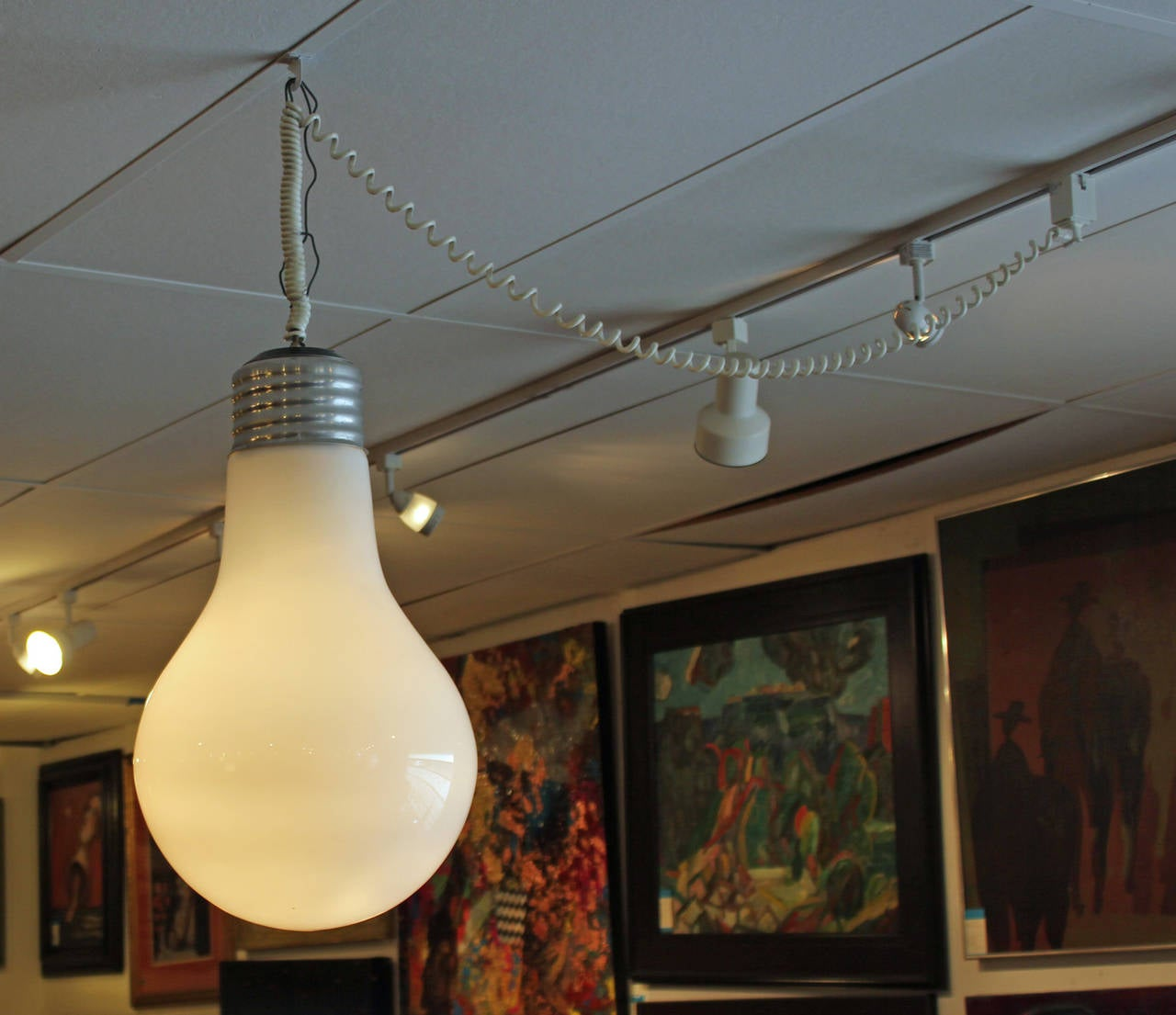Incroyable Oversized Light Bulb Pendant. In Excellent Vintage Condition.