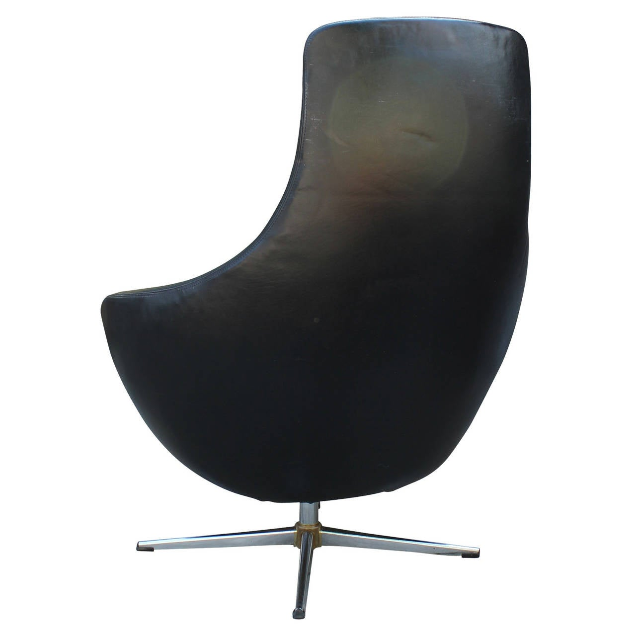 Mid Century Modern Overman Egg Style Swivel Chair In Black