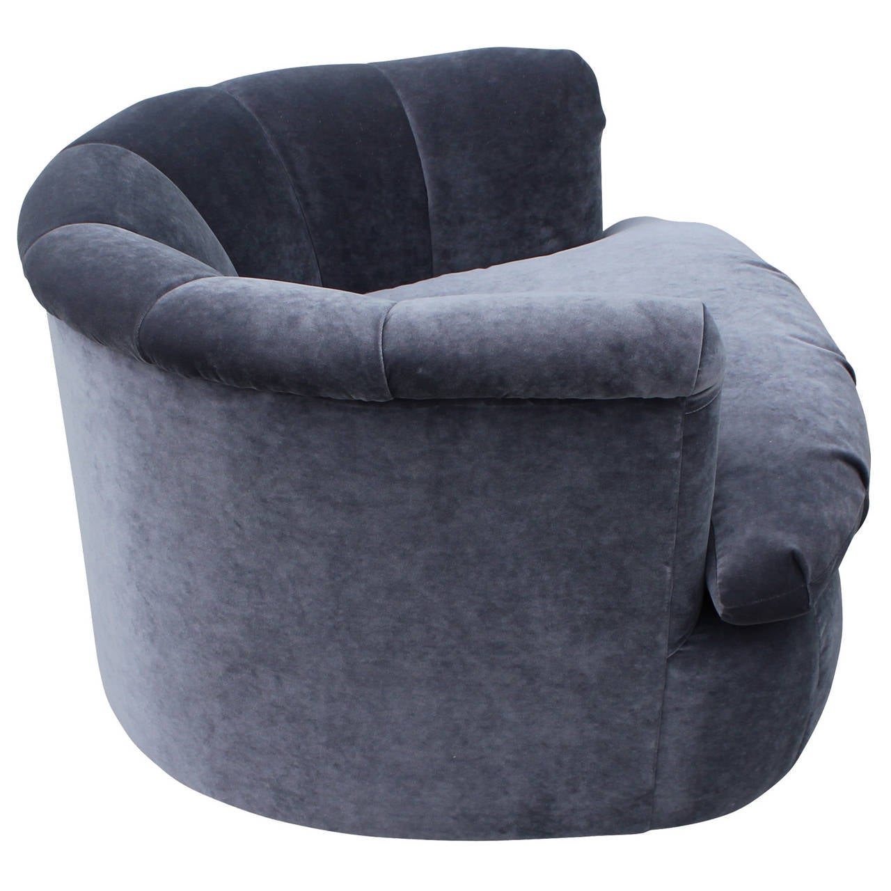 Merveilleux Plush Pair Of Grey Velvet Swivel Chairs In Excellent Condition For Sale In  Houston, TX