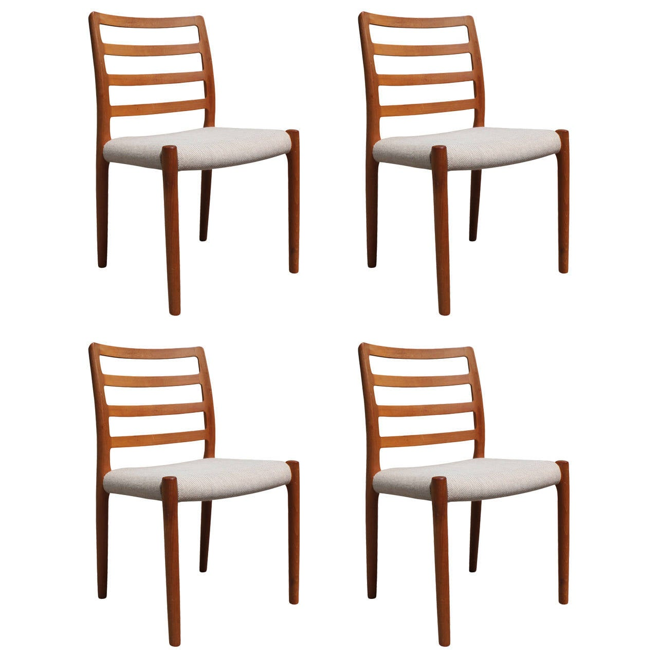 Lovely Set Of Four Teak JL Moller Danish Dining Chairs At 1stdibs