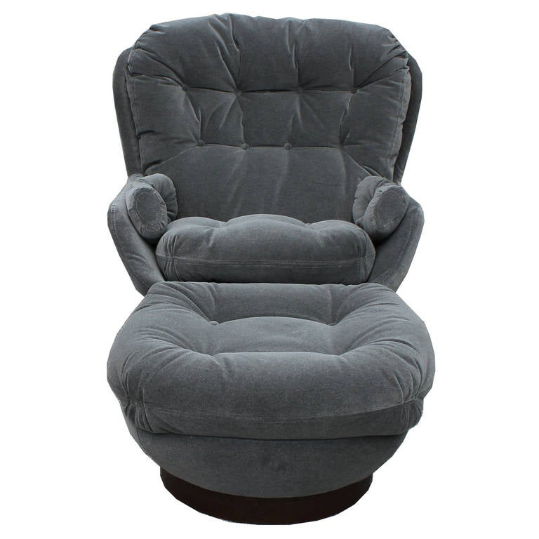 stately modern grey velvet swivel lounge chair ottoman by selig for sale at 1stdibs. Black Bedroom Furniture Sets. Home Design Ideas
