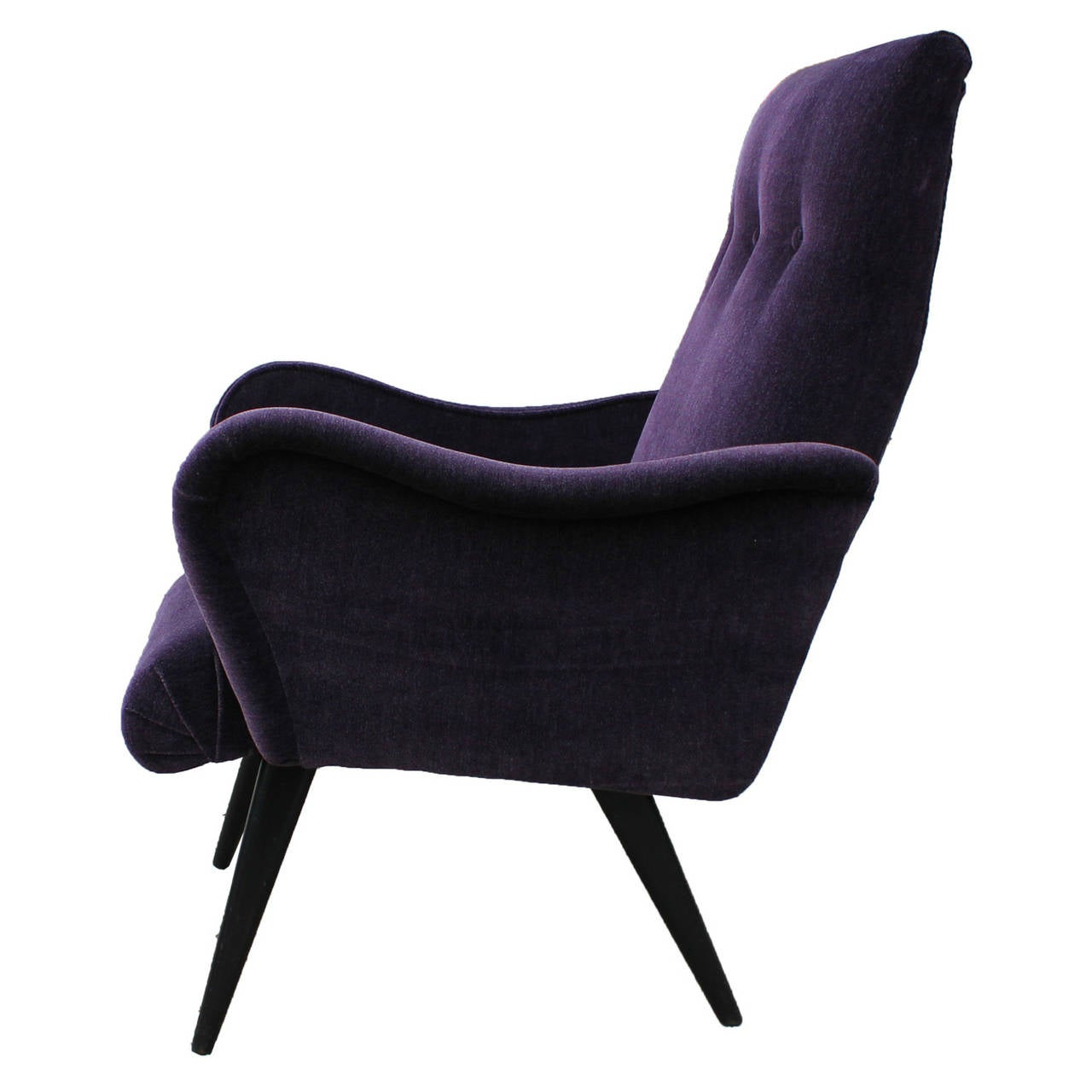 Superieur Opulent Sculptural Italian Purple Armchair In Excellent Condition For Sale  In Houston, TX