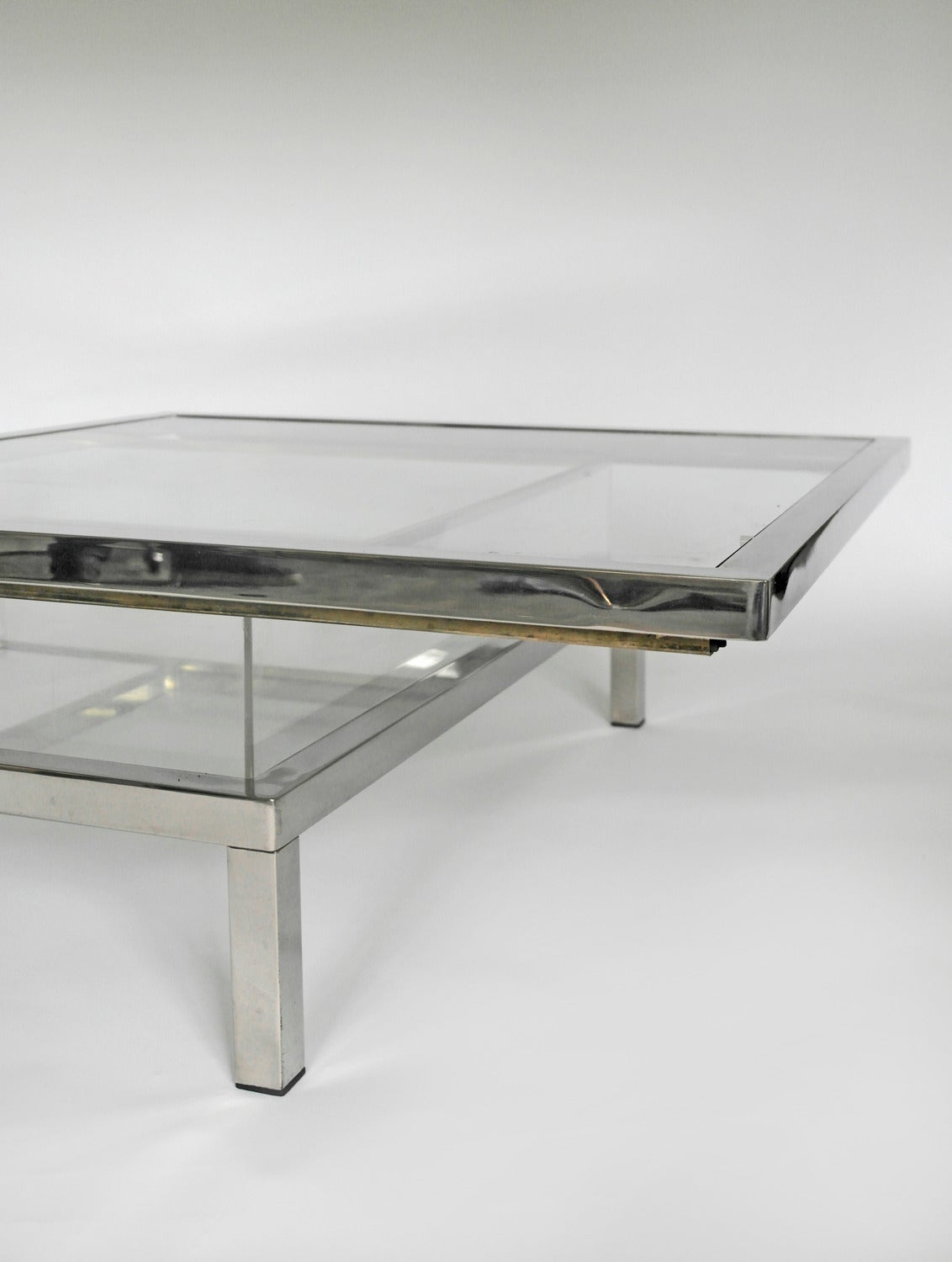 Mid Century Chrome And Perspex Sliding Box Coffee Table For Sale At 1stdibs