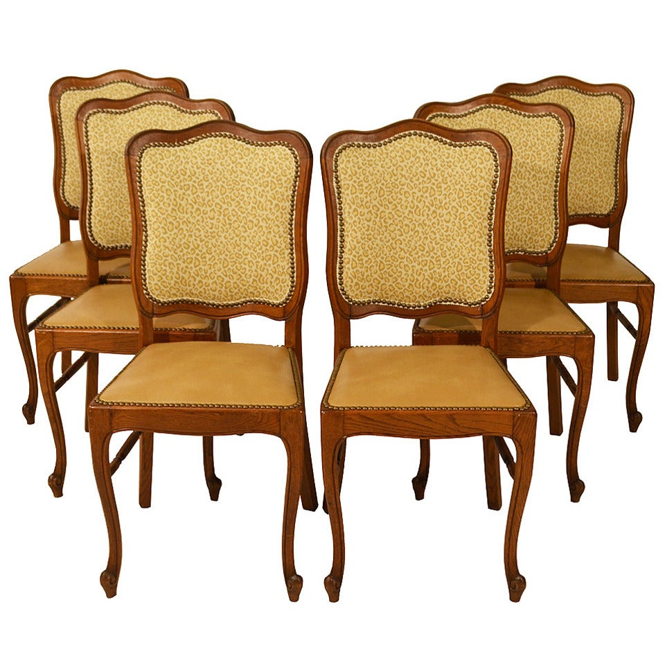 Set of six country french dining chairs at 1stdibs for Dining room sofa seating