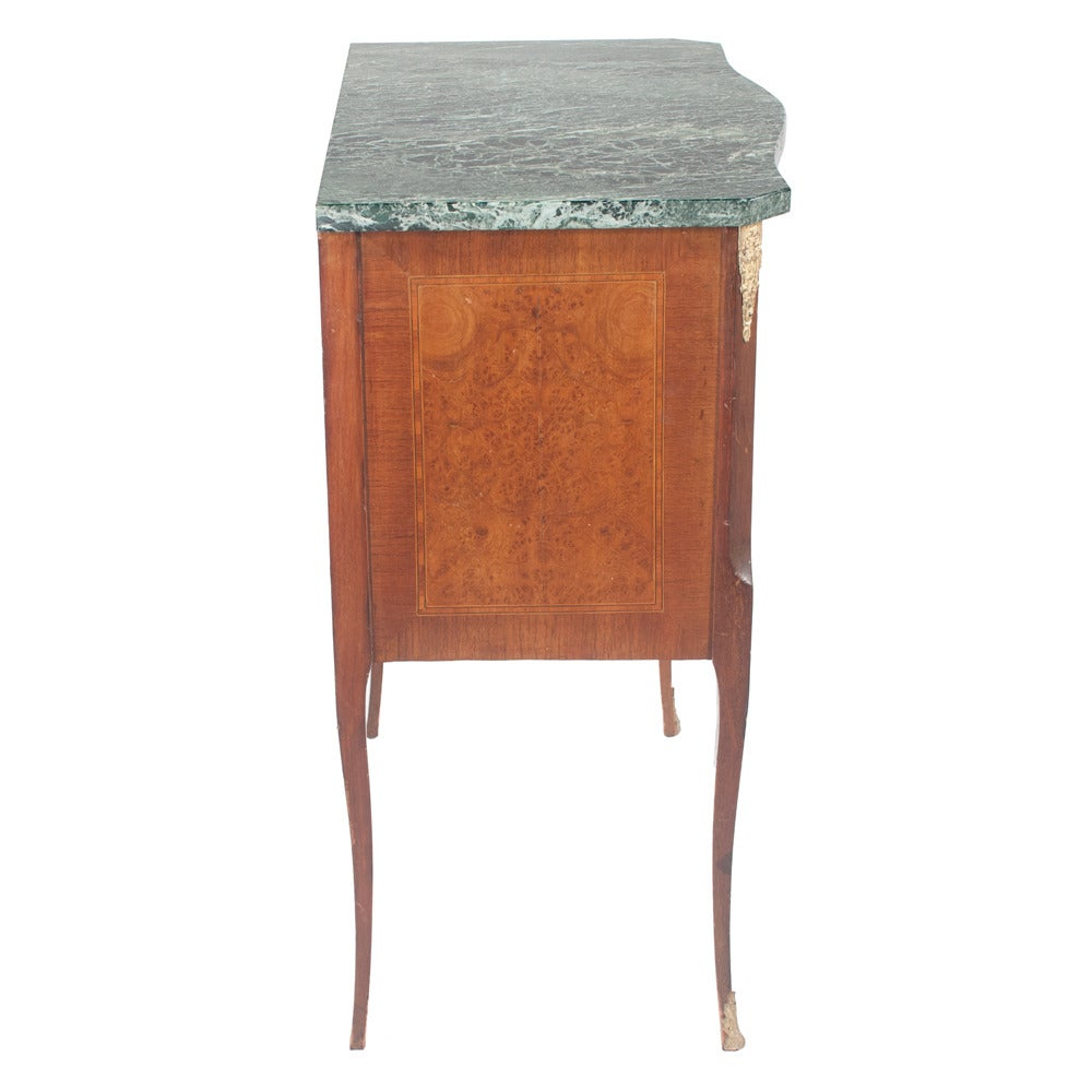 Serpentine Louis XV Marble-Top Commode For Sale 2