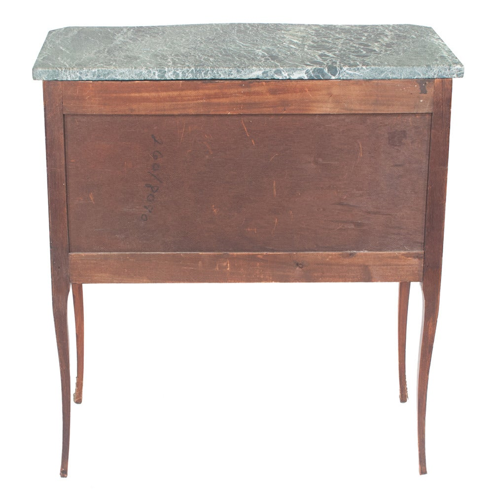 Serpentine Louis XV Marble-Top Commode For Sale 4