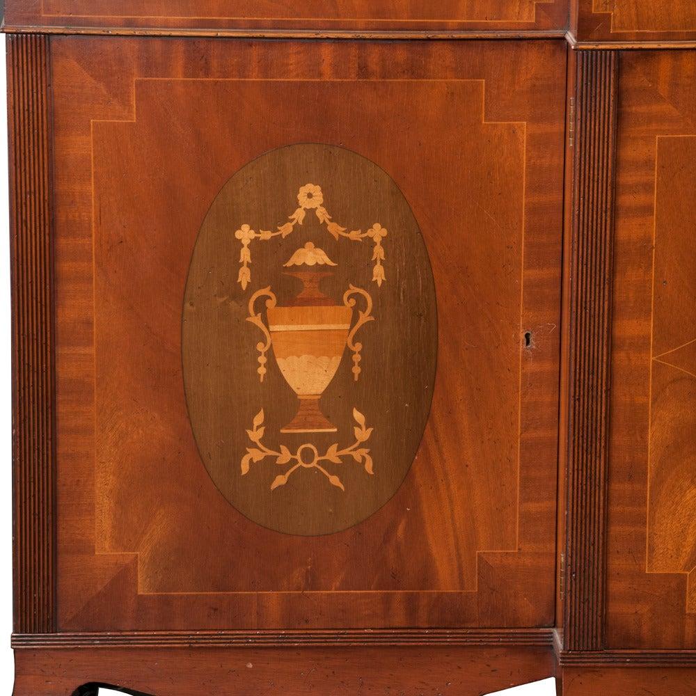 Mahogany Sheraton Breakfront Bookcase In Good Condition For Sale In Lawrenceburg, TN