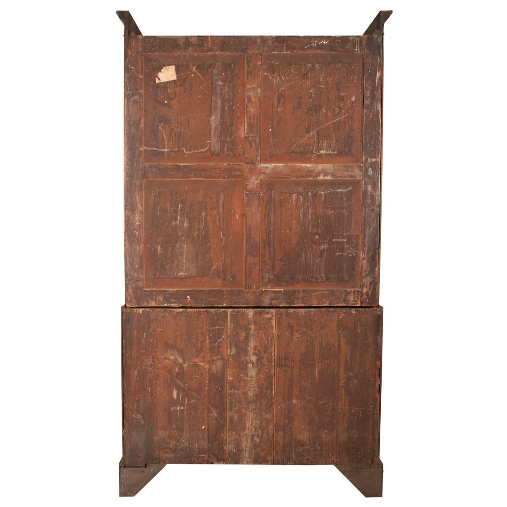 Chippendale Mahogany Linen Press For Sale 4