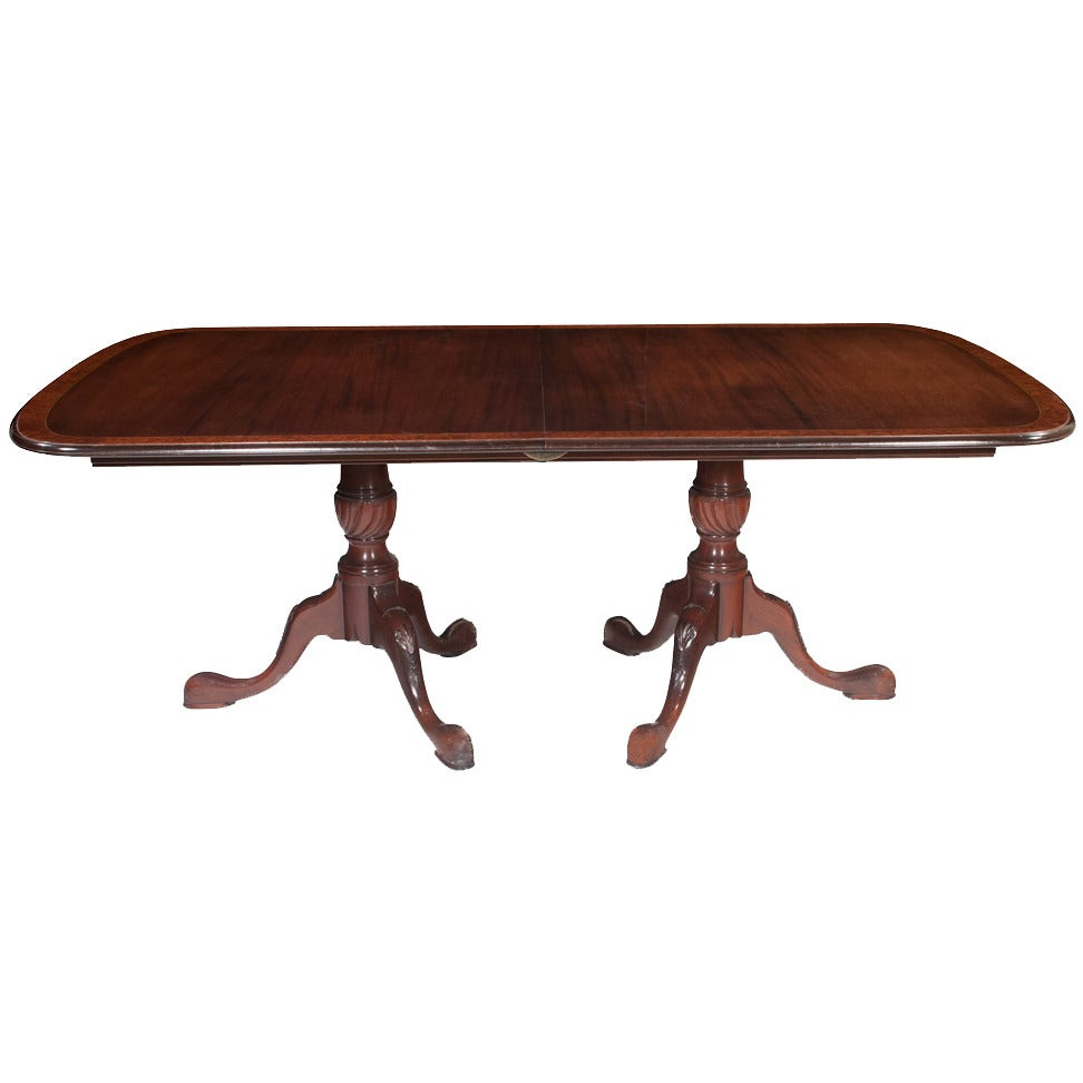 Custom queen anne dining table at 1stdibs for Custom dining room tables
