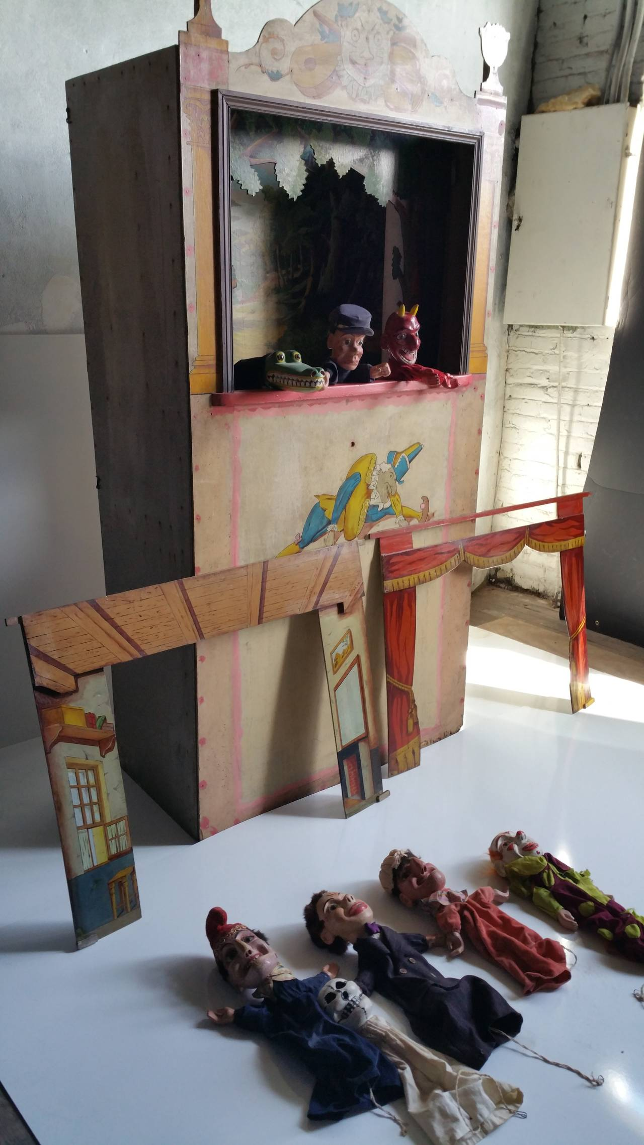 Rare J W Spears Puppet Theater With Stage Booth And