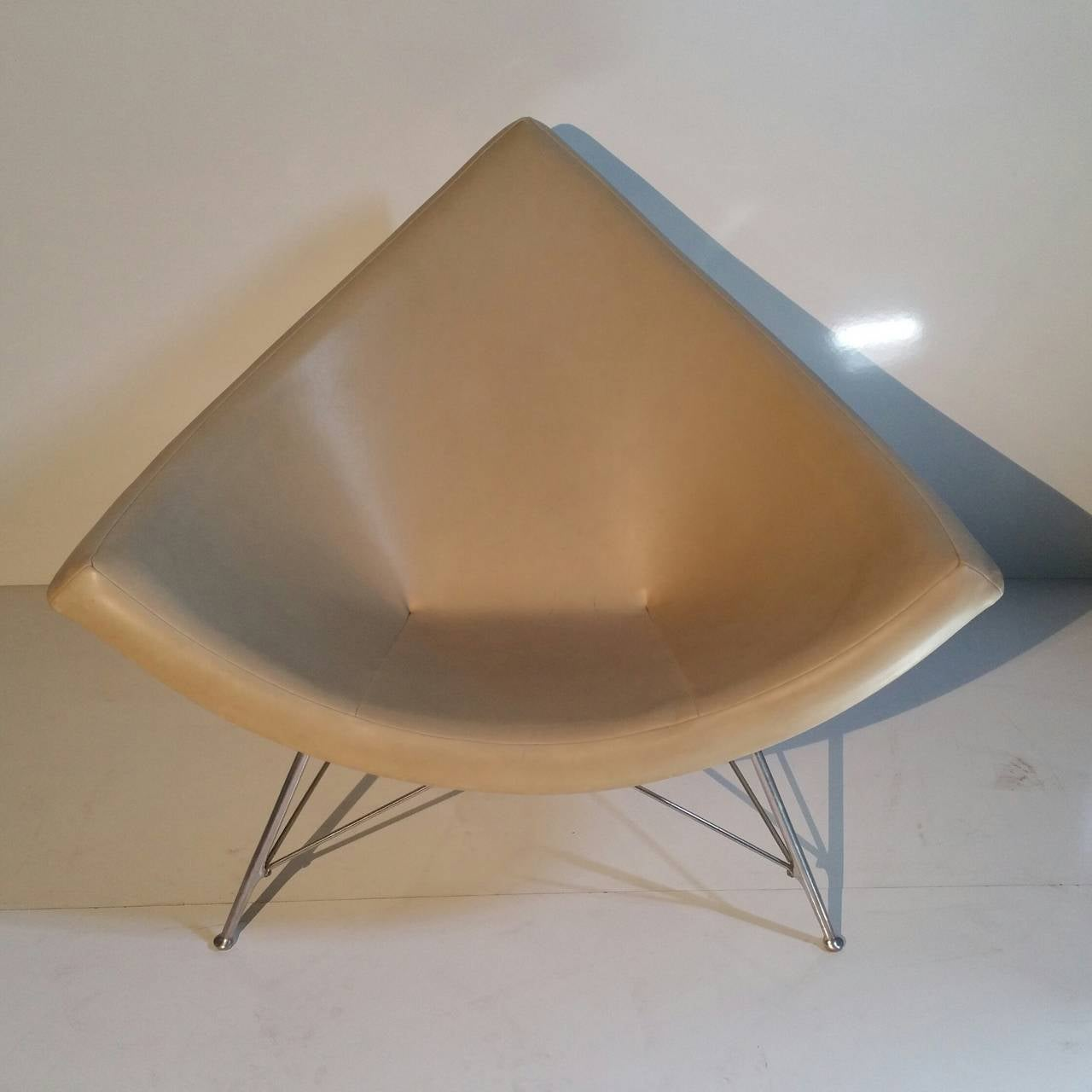 Coconut Lounge Chair By George Nelson 1960s At 1stdibs