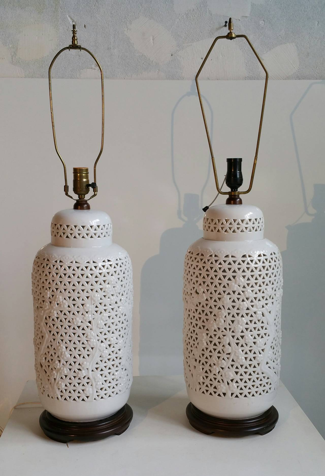 Pair of monumental blanc de chine pierced table lamps at for Table de chine