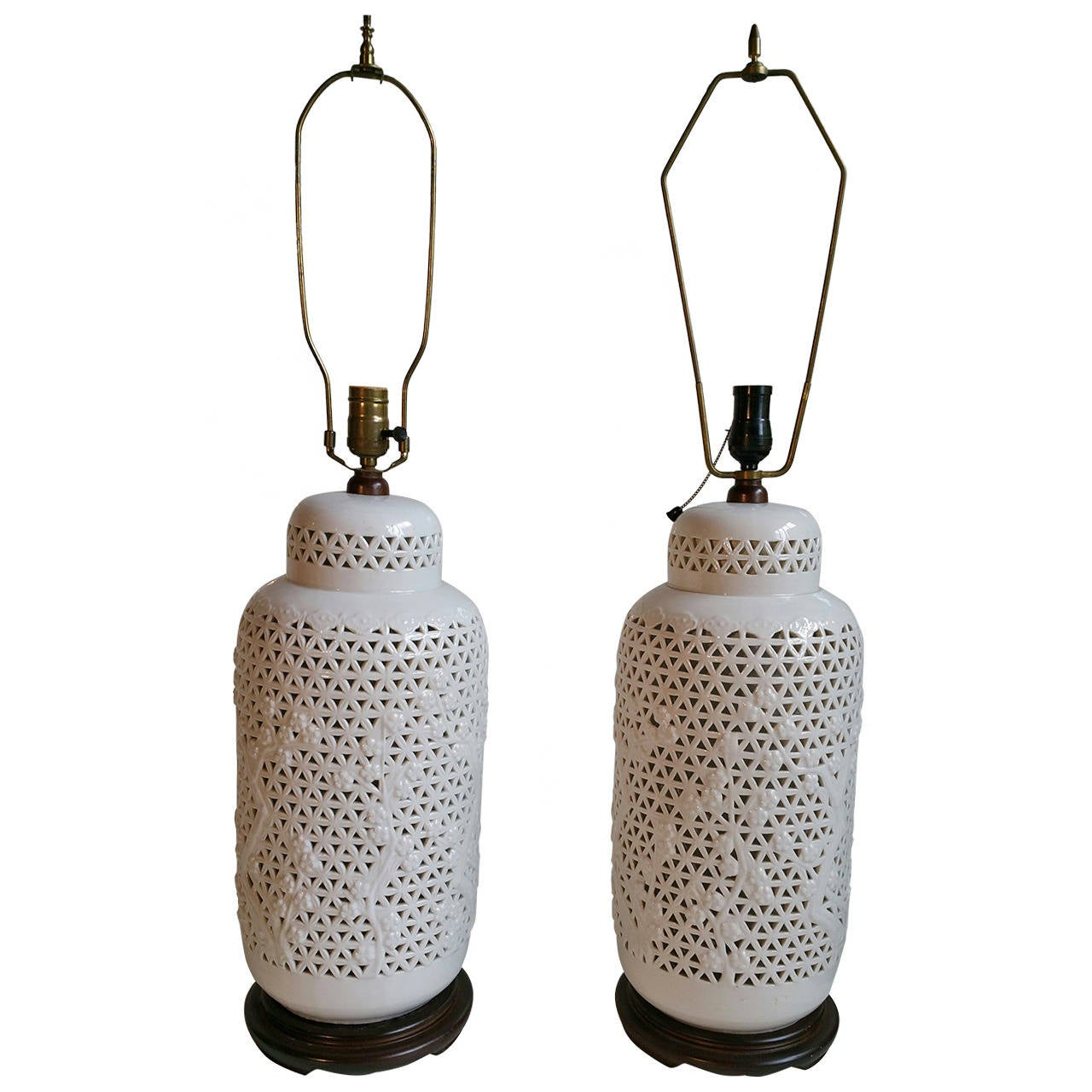 Mid century ginger jar lamp pair at 1stdibs - Pair Of Monumental Blanc De Chine Pierced Table Lamps For