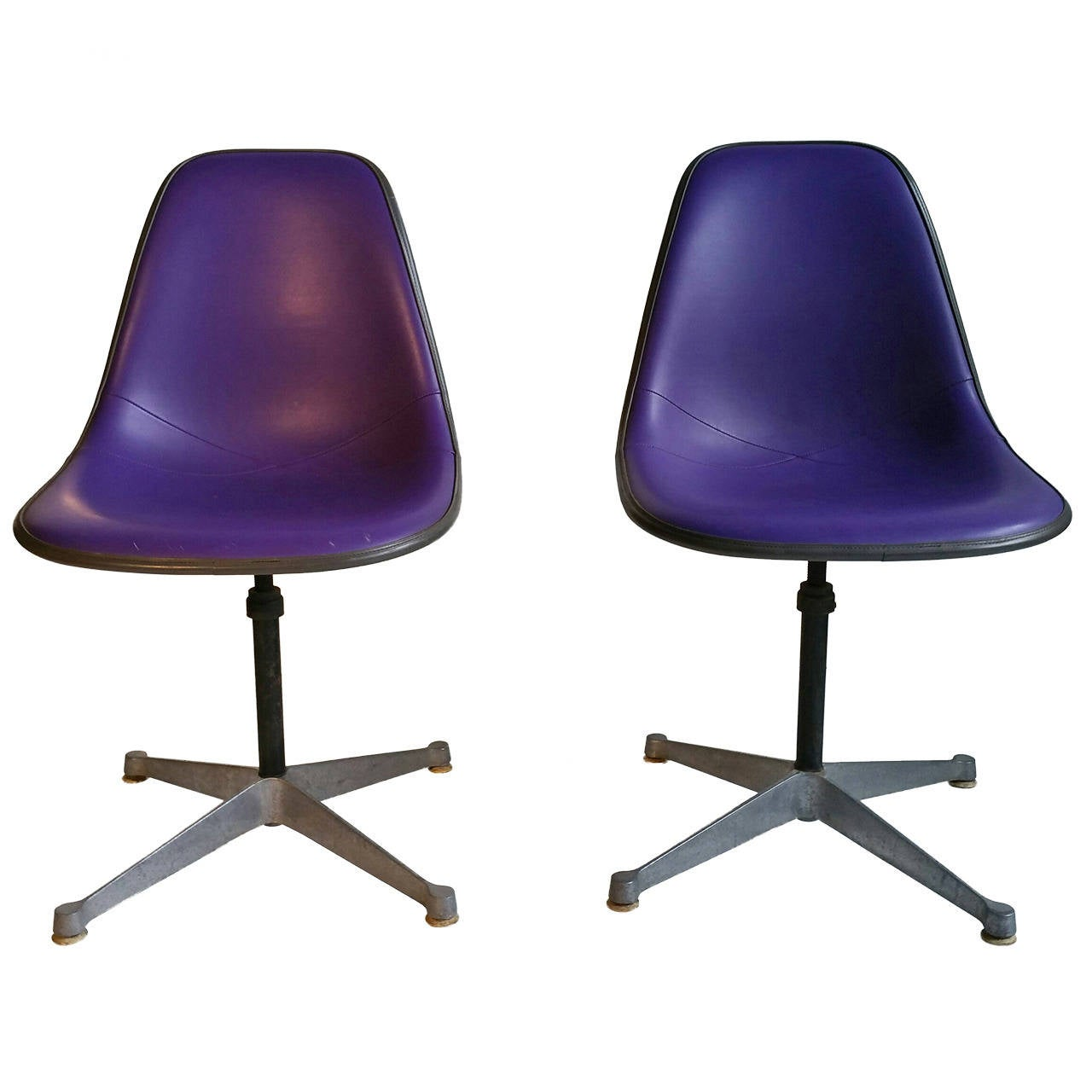 Pair of Charles and Ray Eames Adjustable Swivel Chairs 1