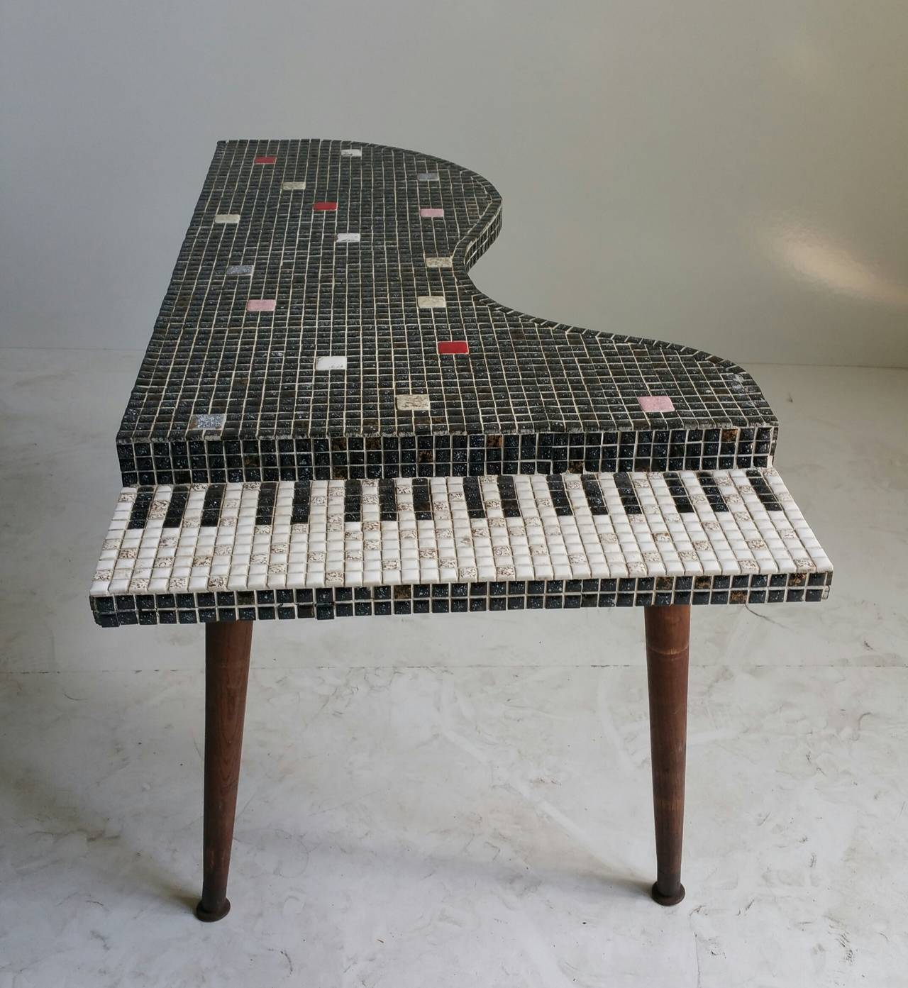 American Mid Century Modern Atomic Age Small Patio Round: Mid-Century Modern Baby Grand Piano Shaped, Tiled Cocktail
