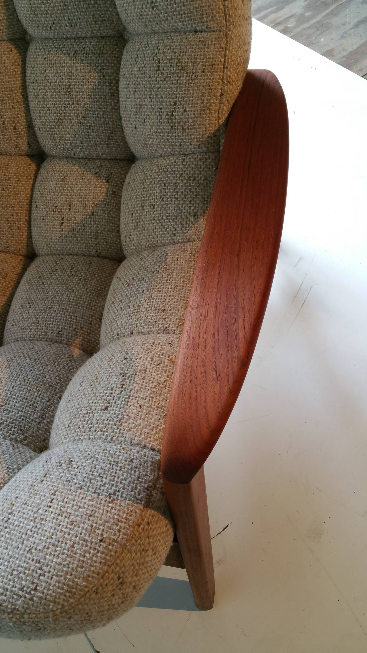 Teak Floating Egg Sofa By R Huber And Co Mid Century Danish At 1stdibs