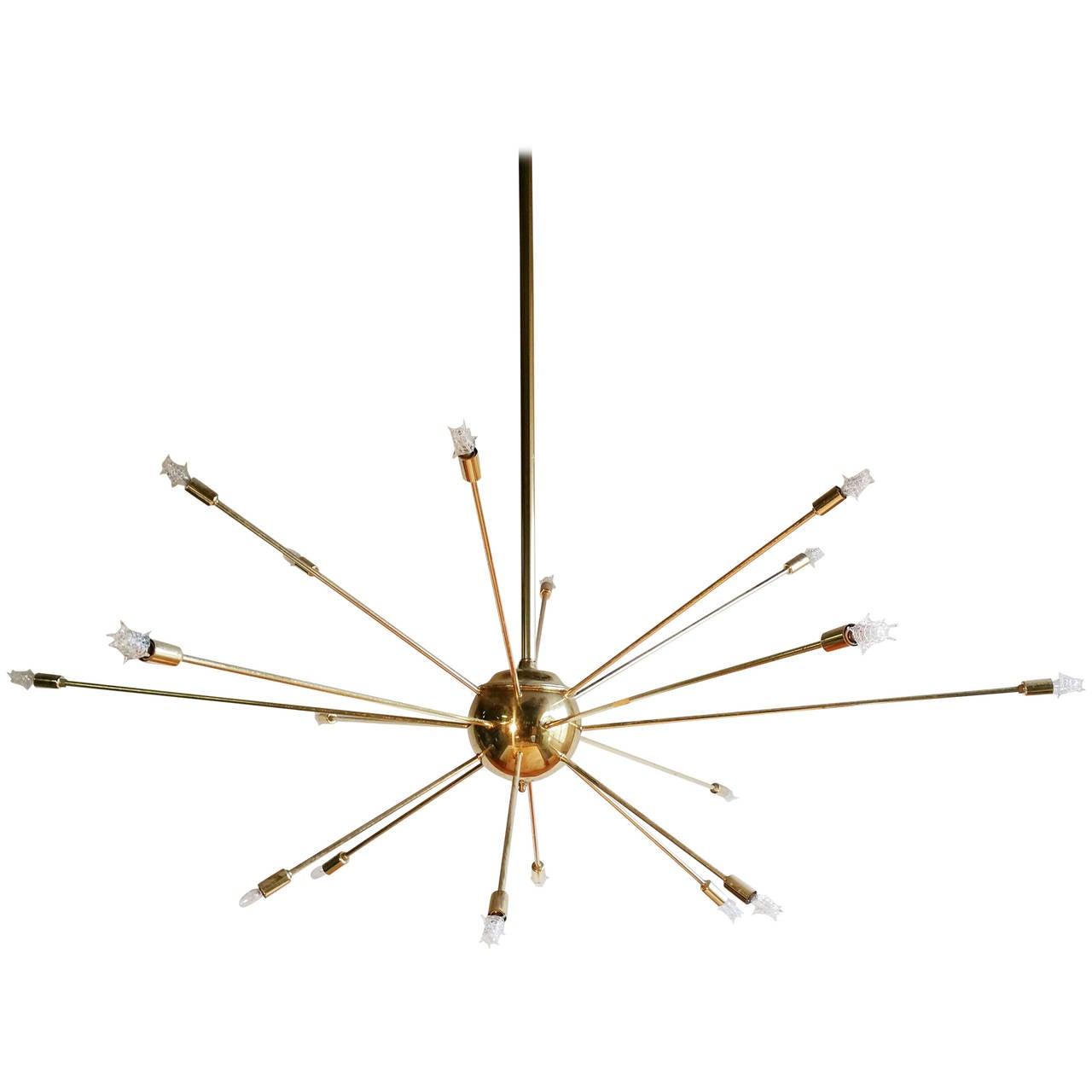 Mid century modern 18 arm sputnik chandelier at 1stdibs for Sputnik chandelier