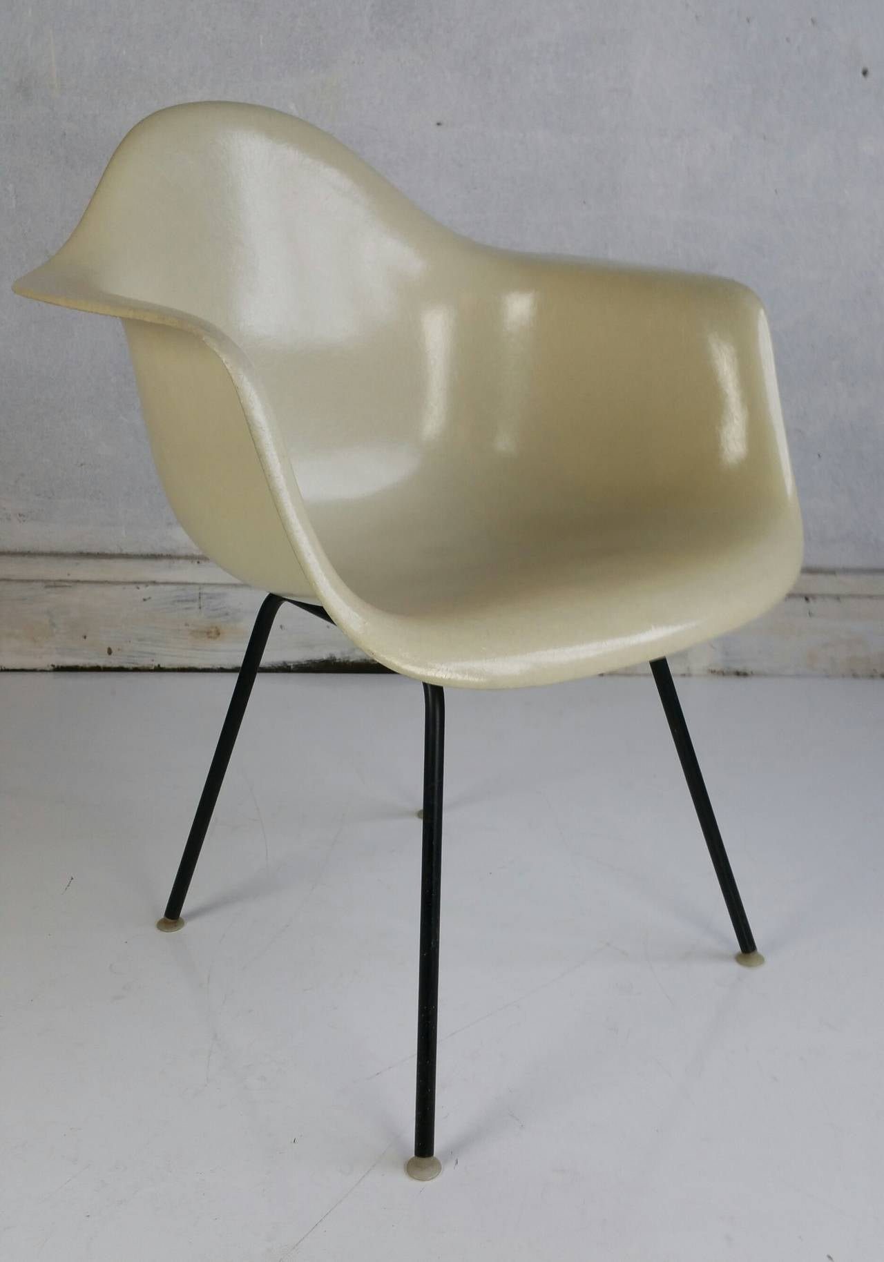 Charles Eames Parchment Arm Shell Chair Herman Miller For Sale at