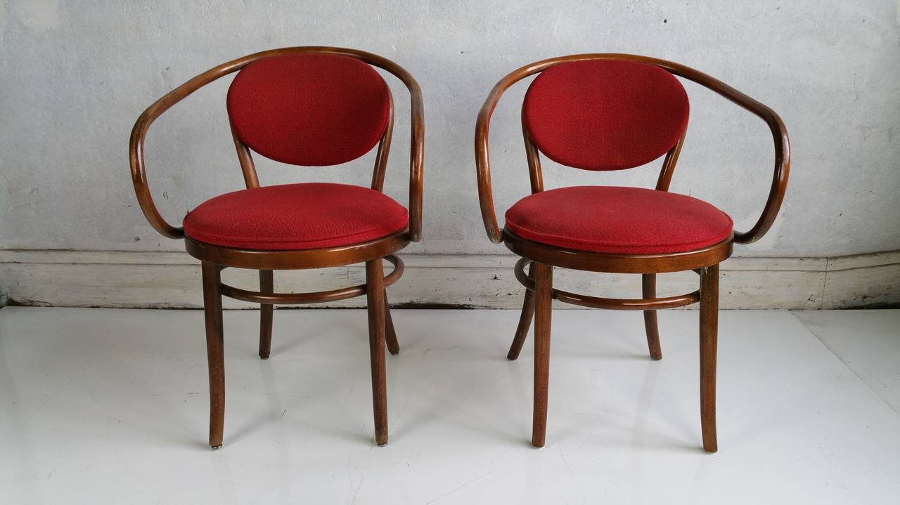 Pair of classic thonet chairs august thonet weiner stuhl for Stuhl design thonet