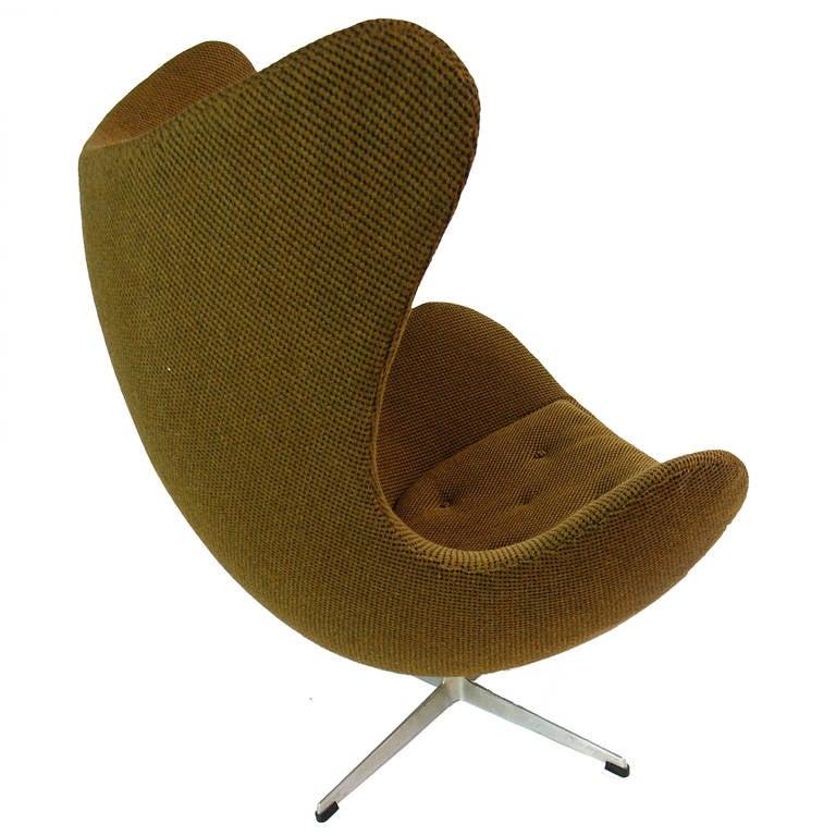 arne jacobsen egg chair model 3316 for fritz hansen at 1stdibs