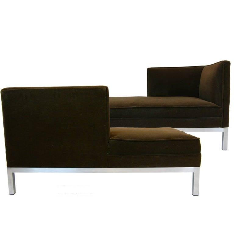 Charter brown jordan t te t te pair of chaise longues for Chaises longues aluminium
