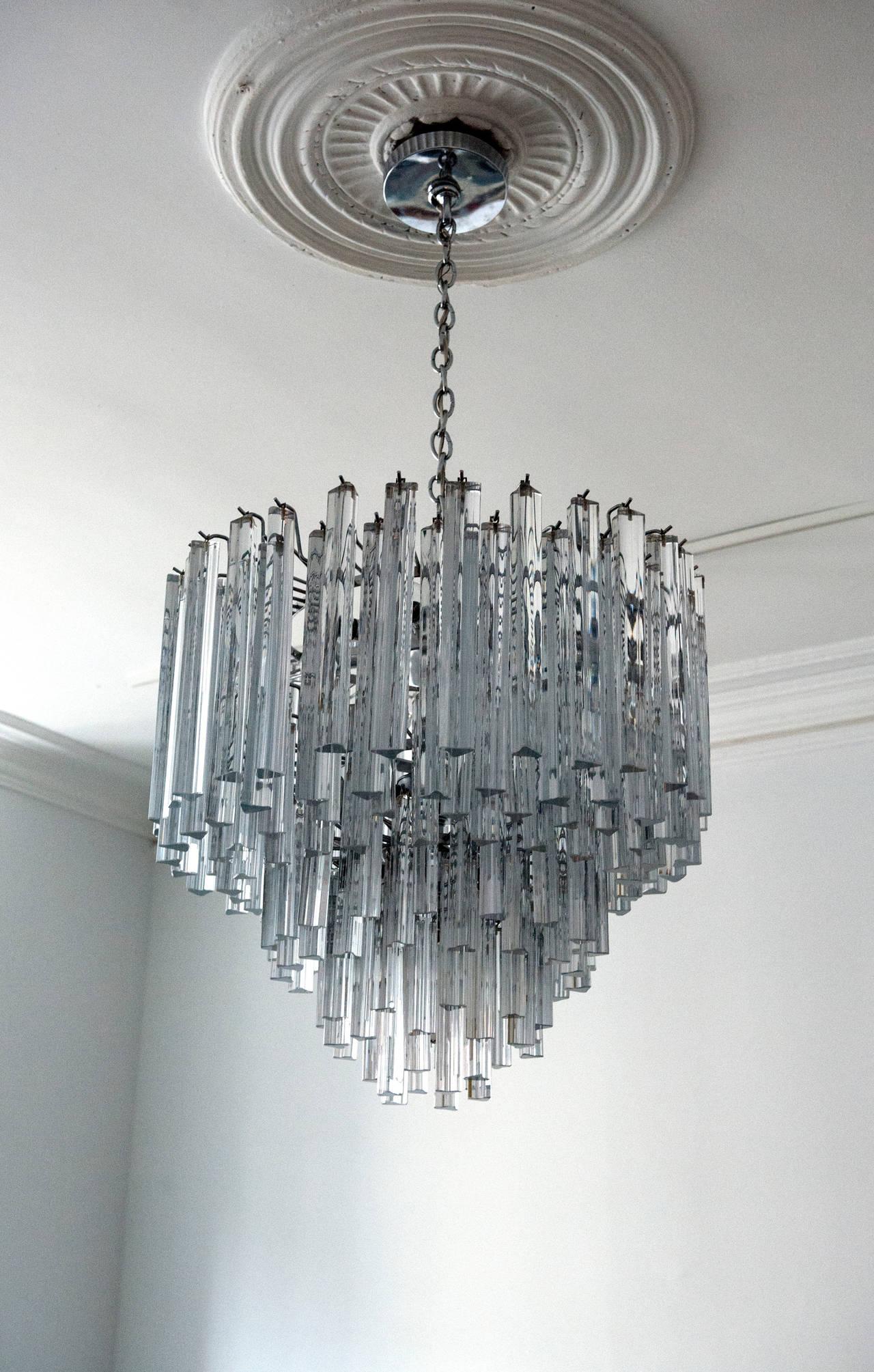 Modern italian crystal venini chandelier by camer at 1stdibs mid century modern modern italian crystal venini chandelier by camer for sale mozeypictures Images