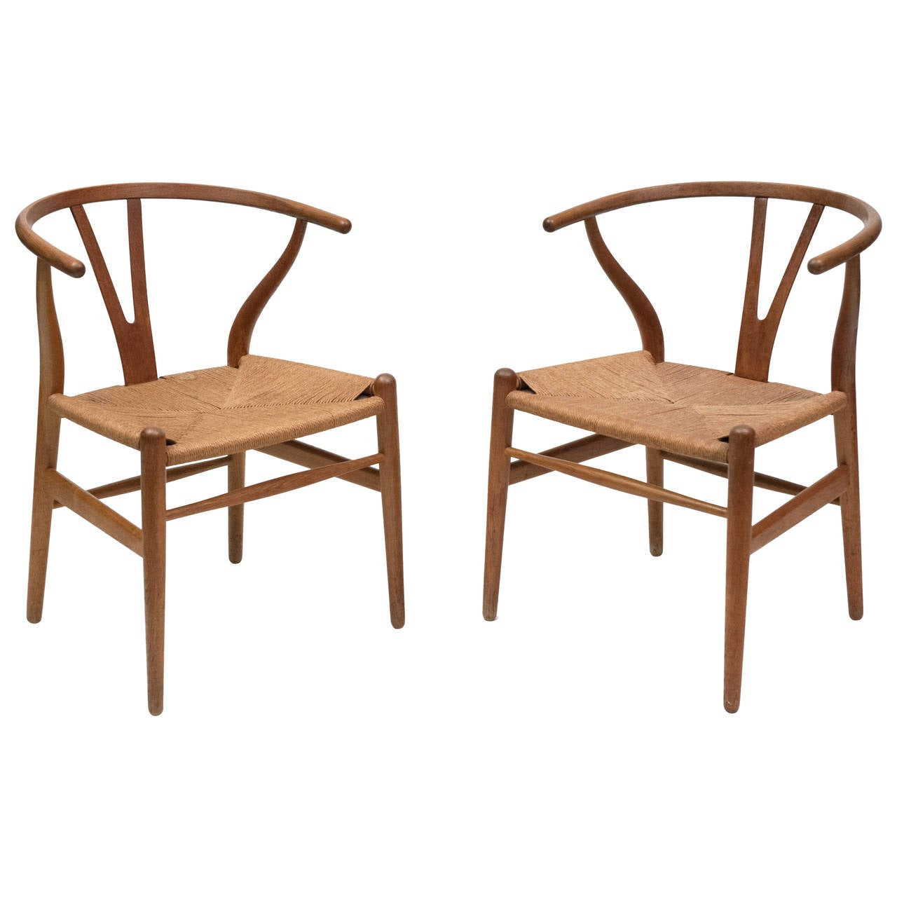 Pair of Hans Wegner Wishbone Chairs CH24 Carl Hansen at