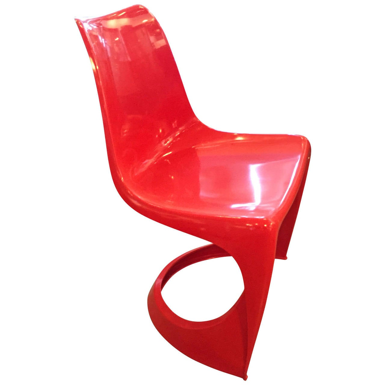 Pair Of Molded Plastic Vintage Chairs At 1stdibs
