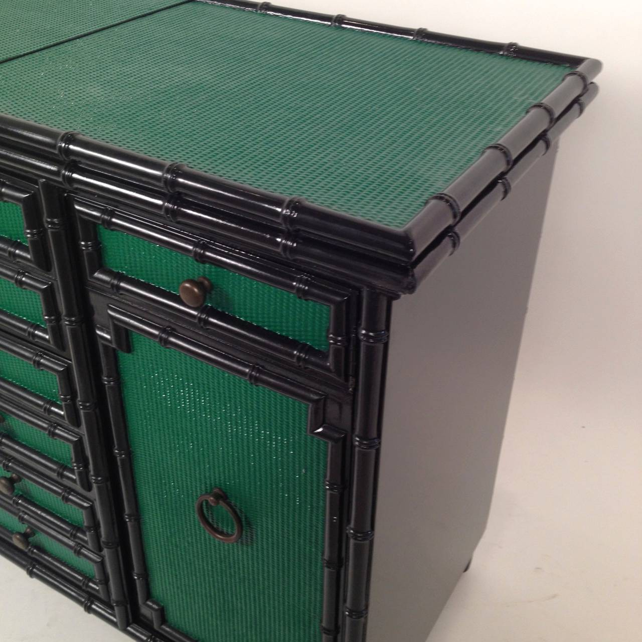 Lacquered In Emerald Green And Black Bamboo Dry Bar On