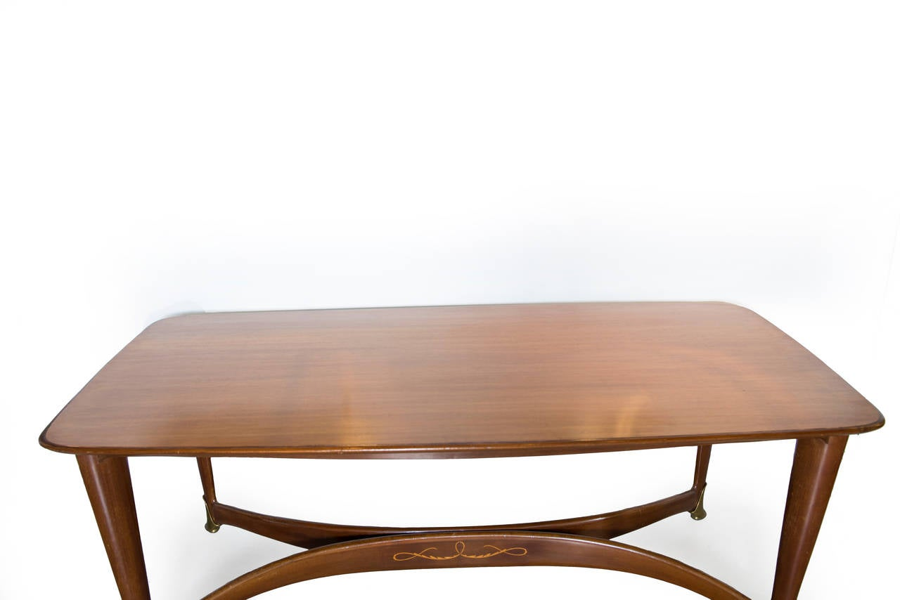 20th Century Mid-Century Modern Paolo Buffa Italian Walnut Dining Table with Brass Accents For Sale