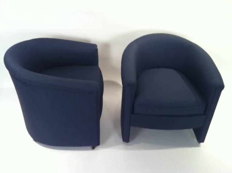 Pair of Lane Barrel Lounge Chairs at 1stdibs