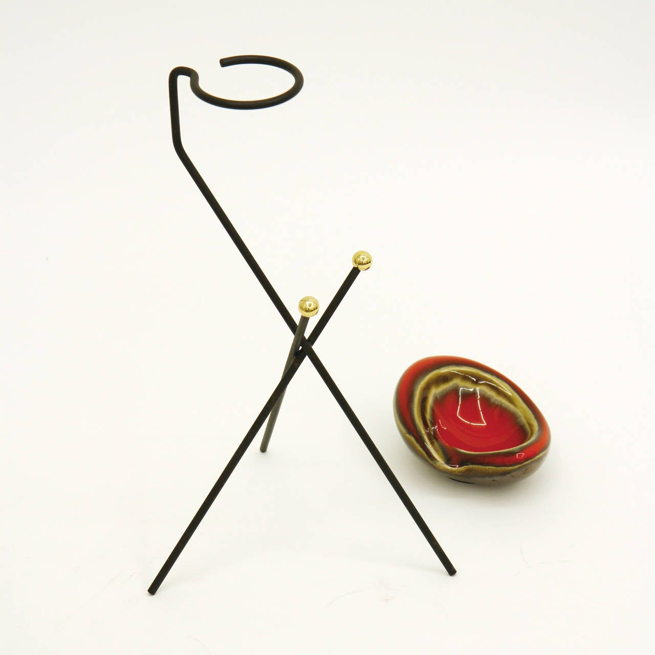Ceramic French Modernist Tripod Ashtray or Catch-All, 1950s For Sale