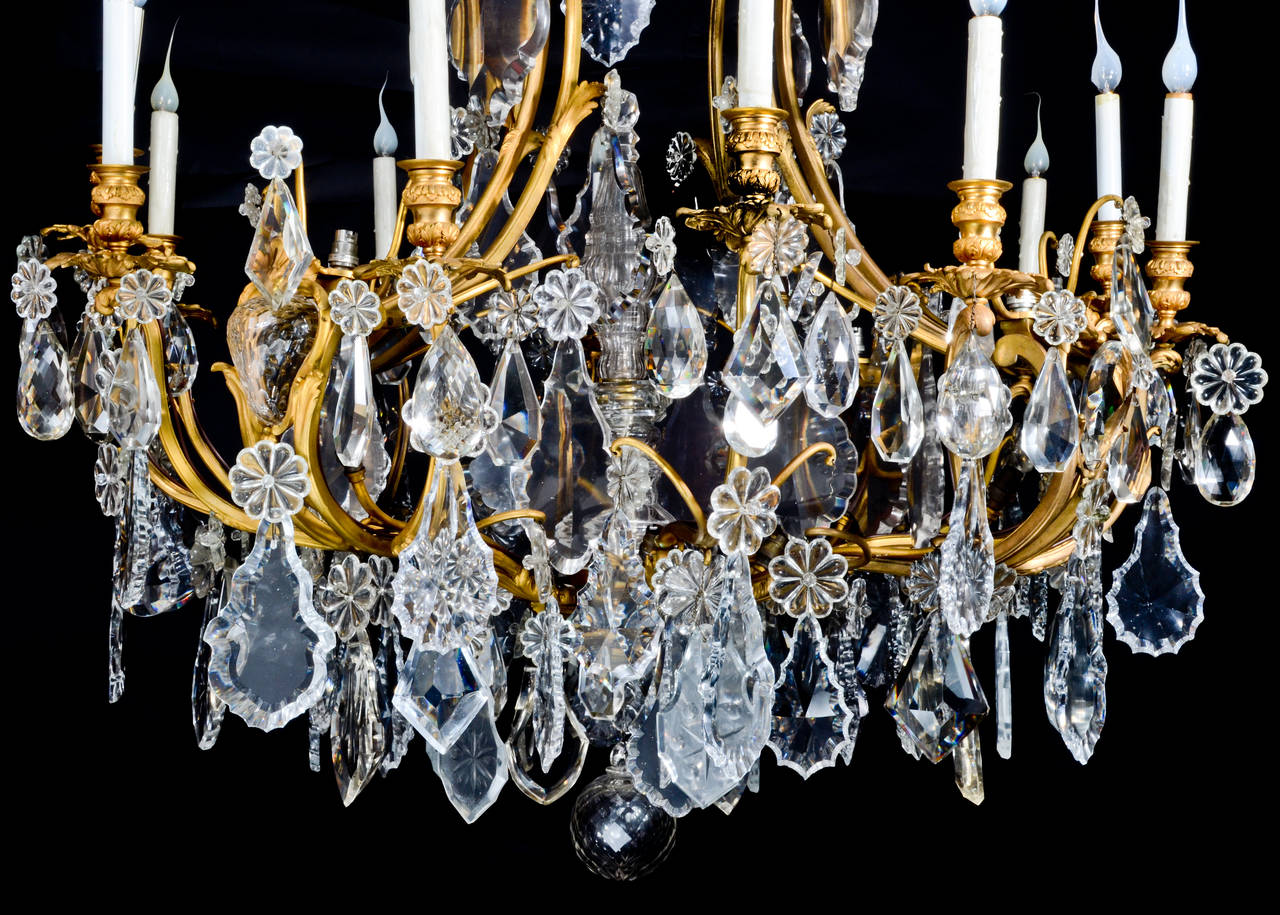 Large Antique French Louis XVI Style Gilt Bronze and Crystal Baccarat Chandelier In Good Condition For Sale In New York, NY
