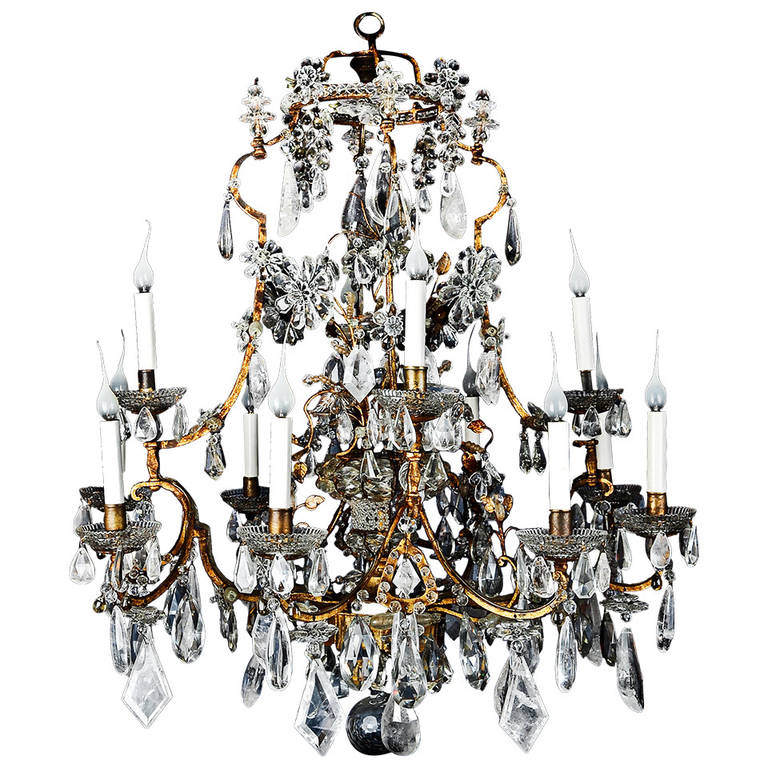 Antique French Gilt and Rock Crystal Chandelier Attributed to Maison Baguès  For Sale - Antique French Gilt And Rock Crystal Chandelier Attributed To Maison
