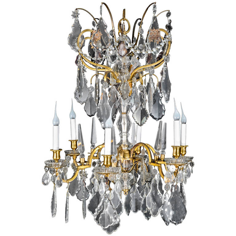 Fine Antique Baccarat Louis XVI Style Gilt Bronze and Cut Crystal Chandelier  For Sale - Fine Antique Baccarat Louis XVI Style Gilt Bronze And Cut Crystal