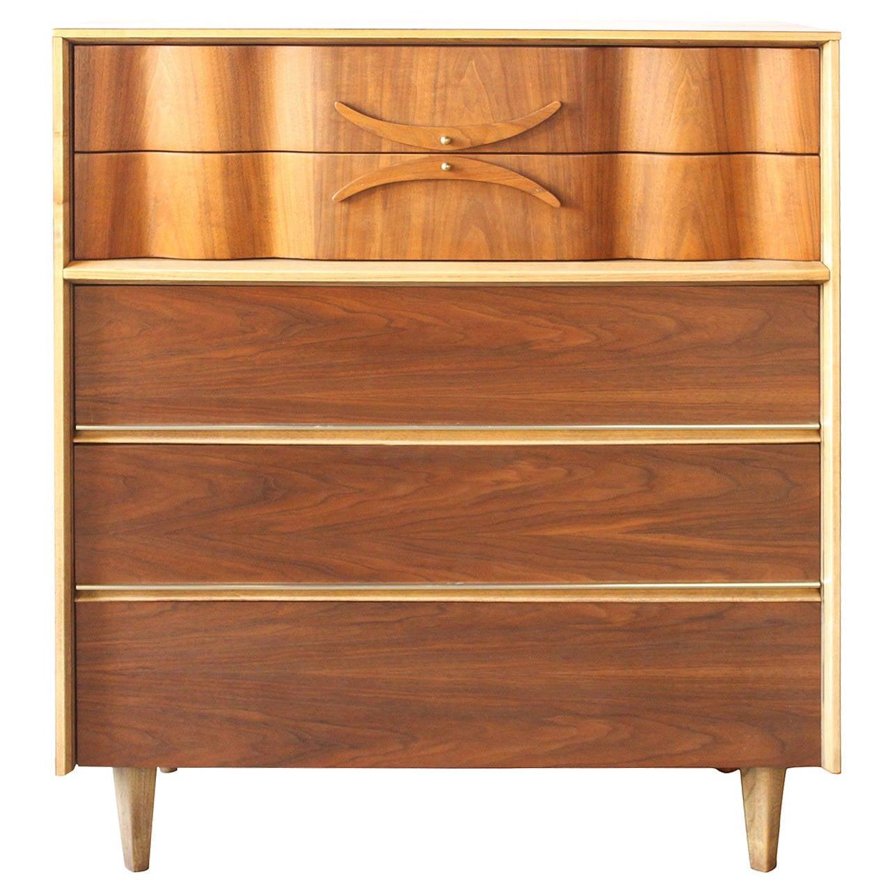 Walnut Dresser By Bassett At 1stdibs