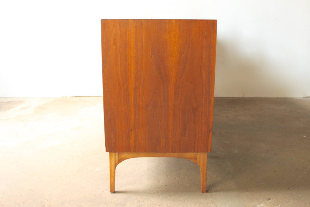 Walnut Dresser by Kroehler at 1stdibs