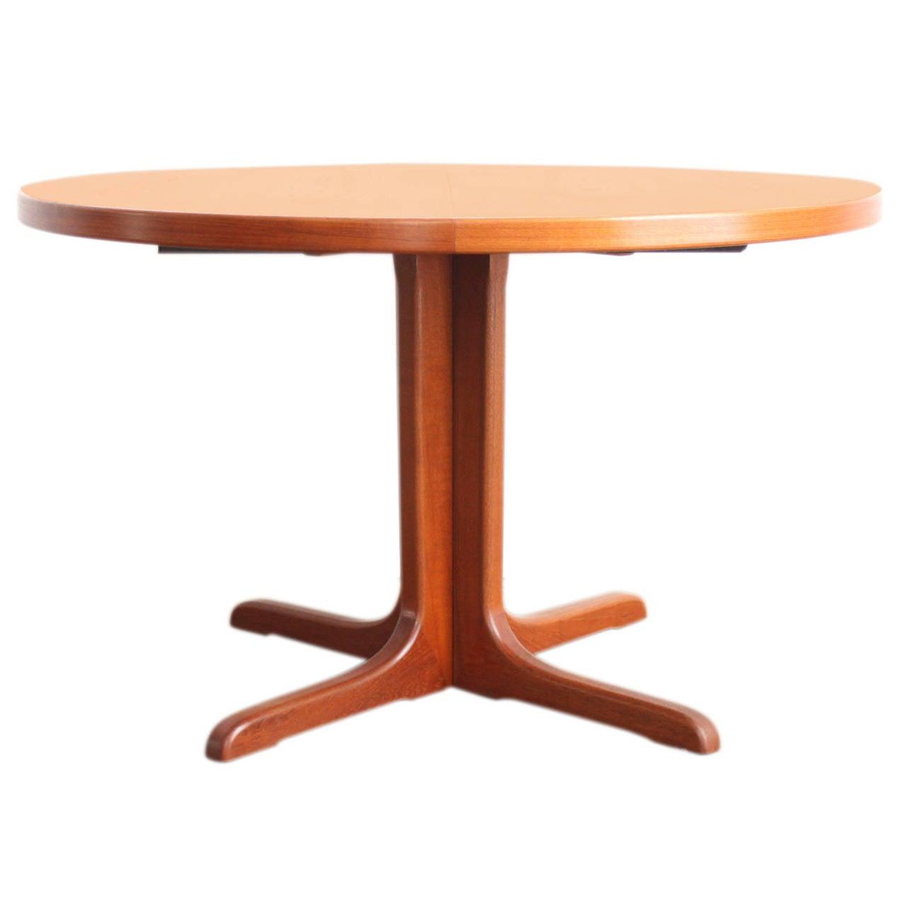Teak Pedestal Dining Table at 1stdibs : 1585882l from www.1stdibs.com size 1280 x 1280 jpeg 46kB