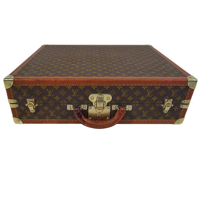 louis vuitton monogram suitcase porte habit valise. Black Bedroom Furniture Sets. Home Design Ideas