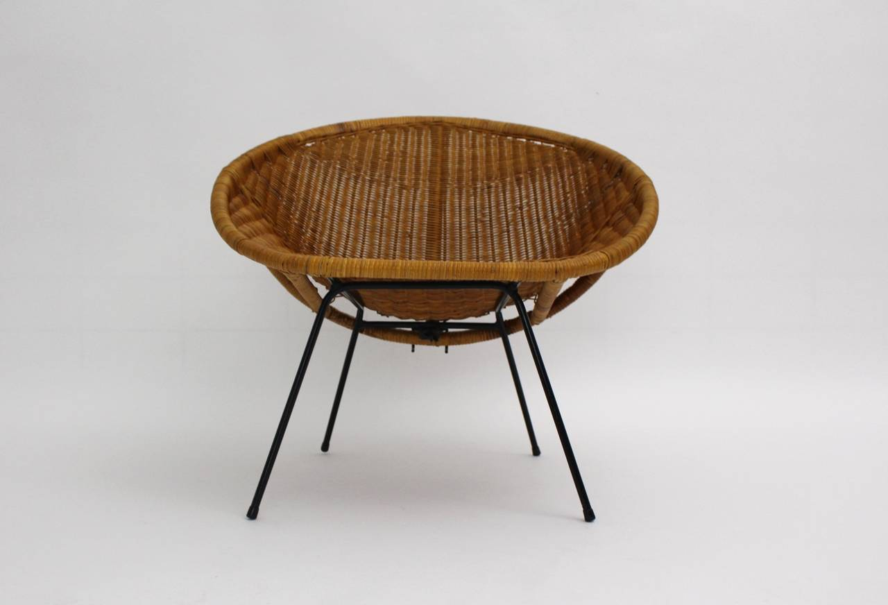 Mid-Century Modern Mid Century Modern Vintage  Rattan Club Chair France 1950s For Sale