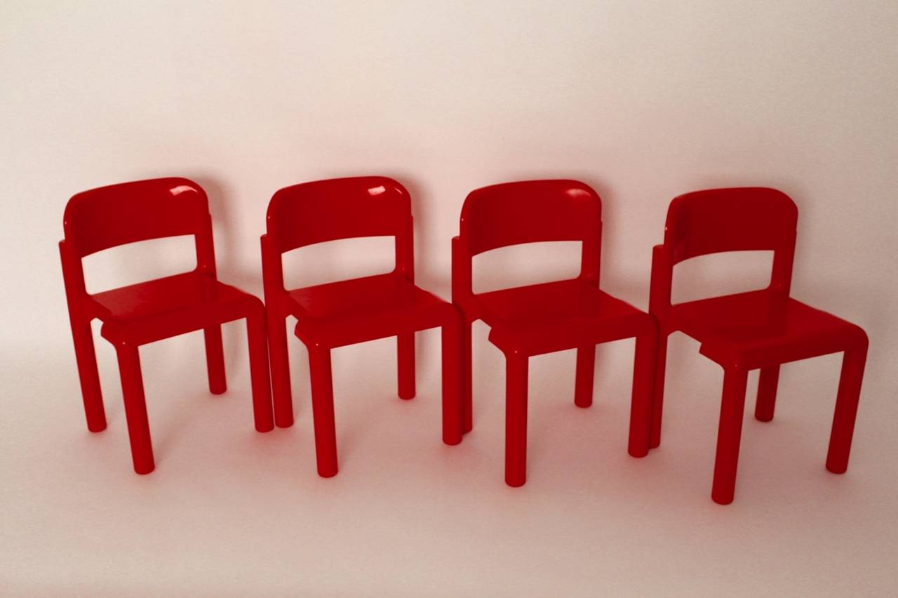 Late 20th Century Red Space Age Vintage Set of Four Plastic Chairs by Eero Aarnio, 1970s For Sale