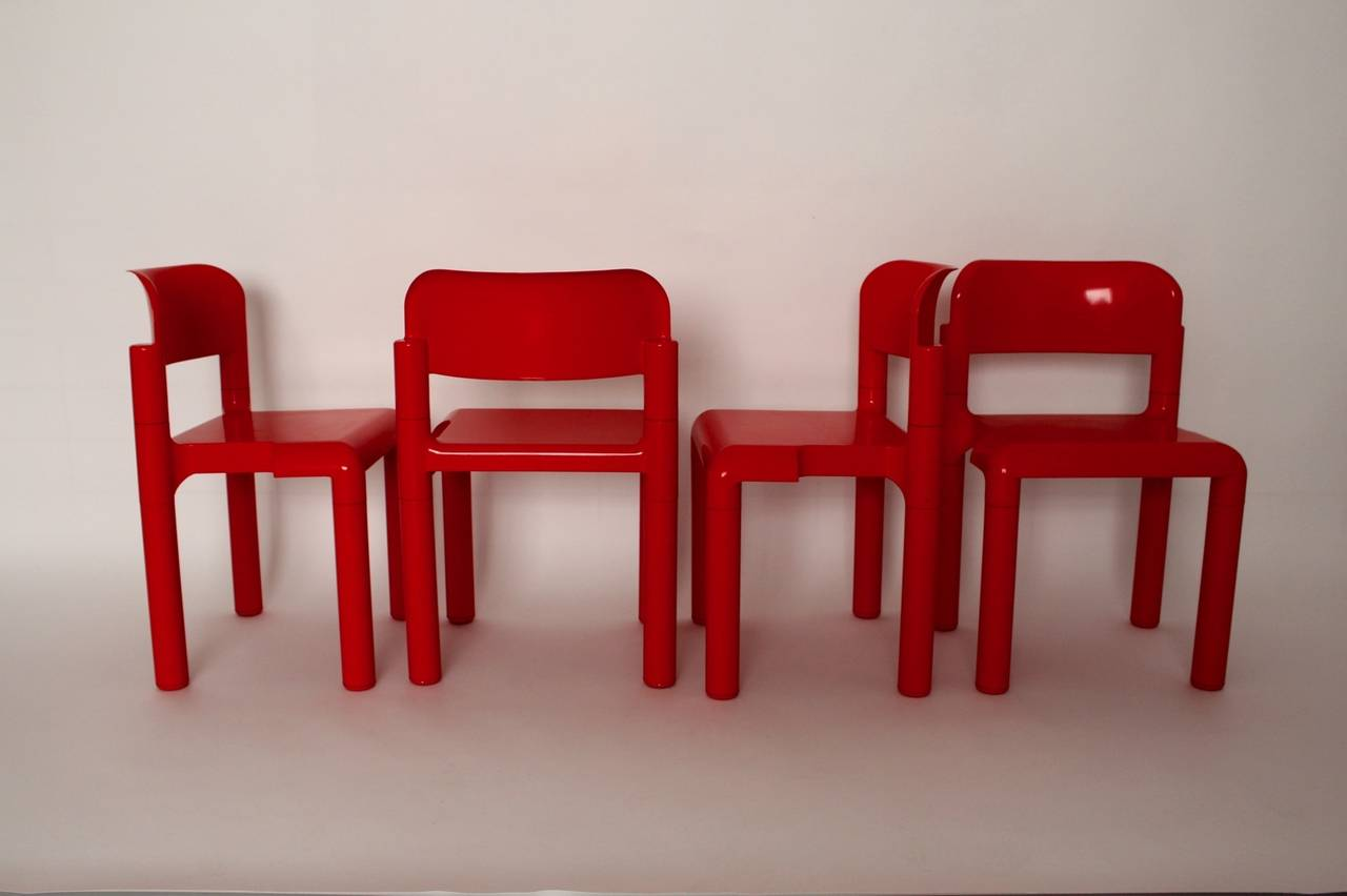 Red Space Age Vintage Set of Four Plastic Chairs by Eero Aarnio, 1970s In Good Condition For Sale In Vienna, AT