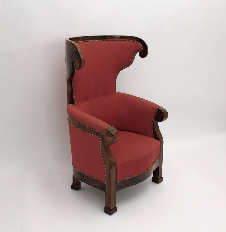 Biedermeier Walnut Wood Pink Fabric Wingback Chair circa 1825 Vienna For Sale 3