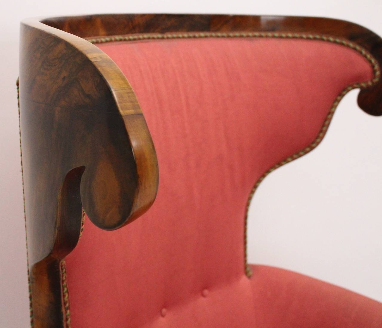 Early 19th Century Biedermeier Walnut Wood Pink Fabric Wingback Chair circa 1825 Vienna For Sale