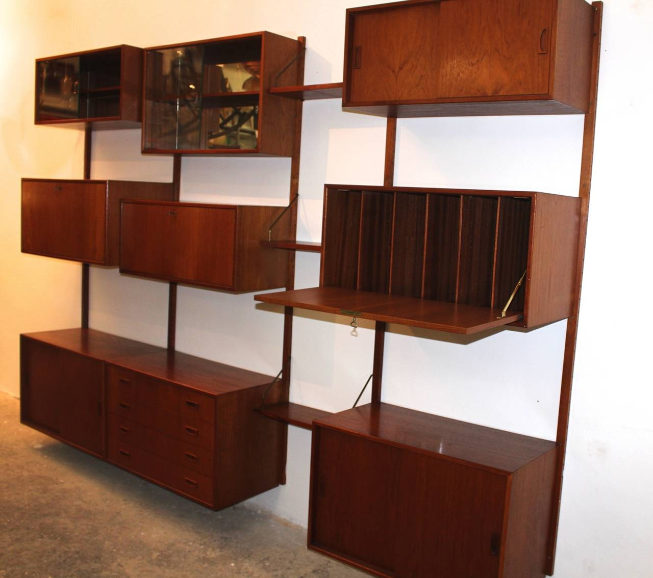 Danish Scandinavian Modern Teak Vintage Wall System by Poul Cadovius, Denmark, 1960s For Sale