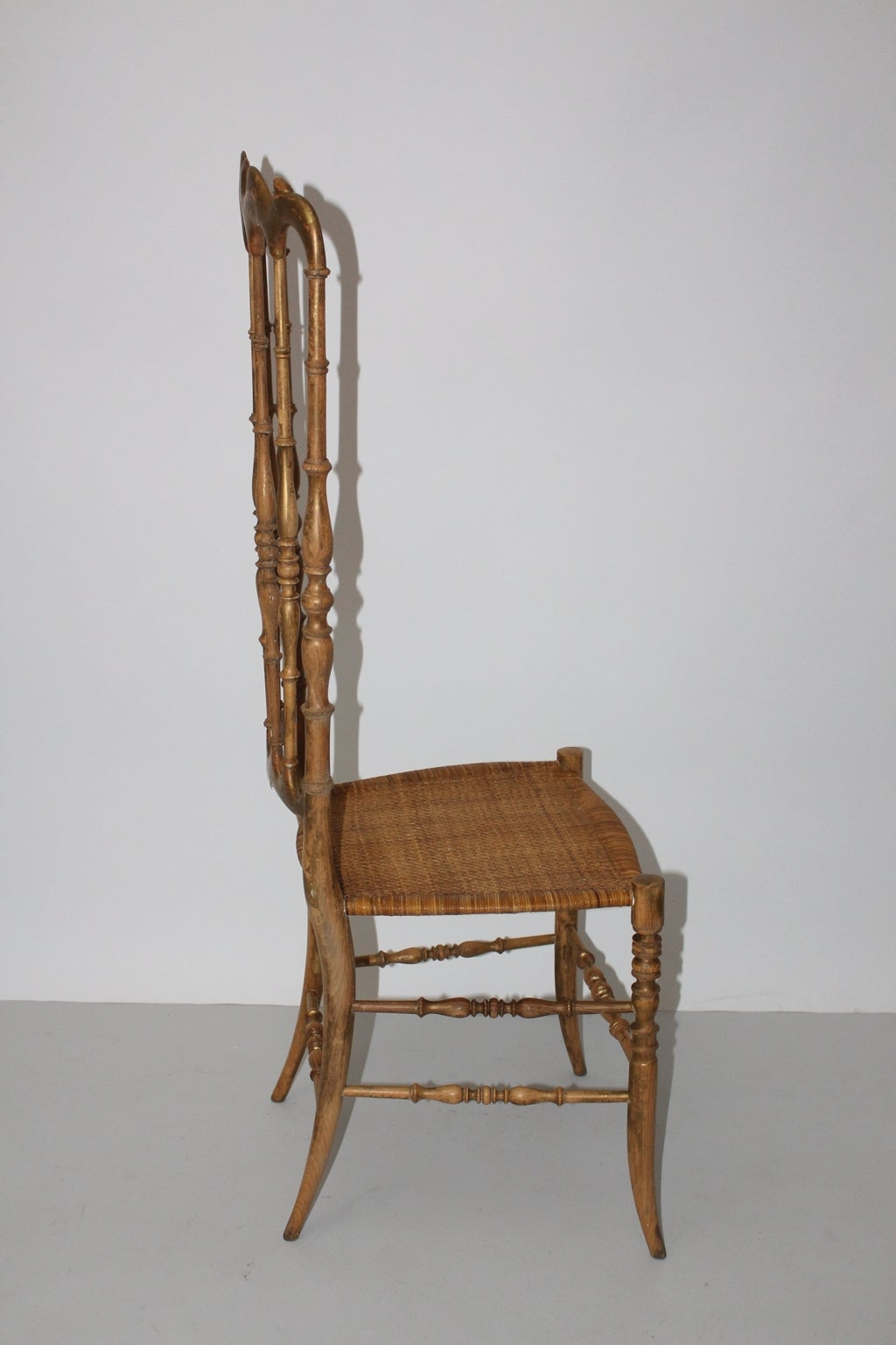 Mid-20th Century Mid Century Modern Beechwood Extra High Back Chiavari Chair Italy 1940s For Sale